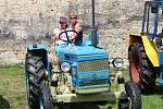 Václav Vicjan si z Brna přivezl tento traktor Zetor 5511