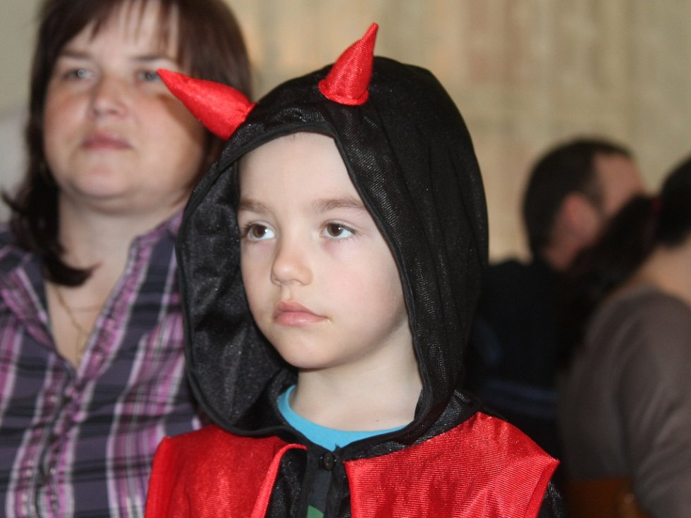 Dětský karneval v Malinové