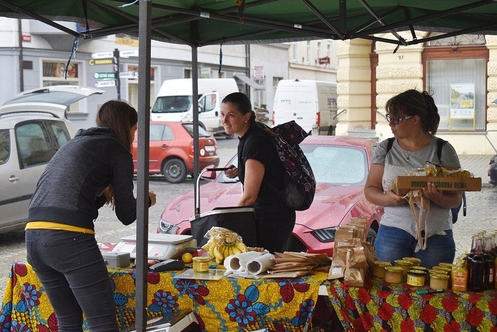 Africké trhy na Husově náměstí v Rakovníku.