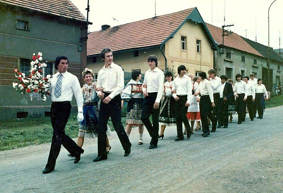Máje v Šanově v roce 1981.