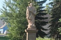 Socha svatého Jana Nepomuckého v Senomatech