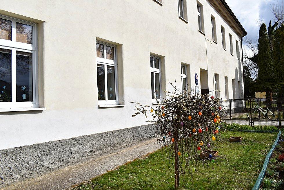 Chrášťanskou základní školu čeká rekonstrukce spojovací chodby.