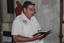 Příprava na slavnostní mši při Vavřinecké pouti v Hořesedlích