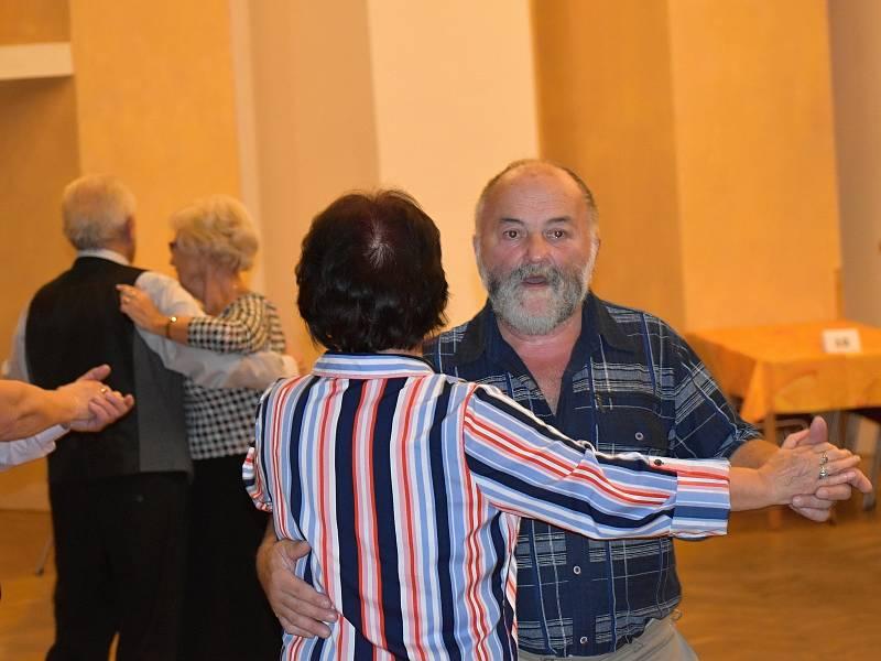 Druhé Setkání s písničkou v Novostrašeckém kulturním centru v roce 2021.