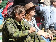 Setkáním legend country i folkové muziky v příjemné atmosféře byla opět Dobře utajená country ve Slabcích.