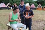 Na táboře na Velečíně cestují časem.