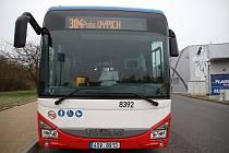 Autobus na autobusovém nádraží v Rakovníku.