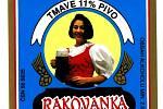 Černé jedenáctistupňové pivo zdobila počátkem 90. let minulého století rovněž žena s půllitrem v ruce.