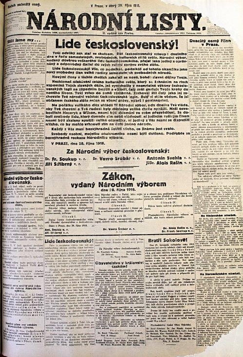 Národní listy informují i vzniku Československa.