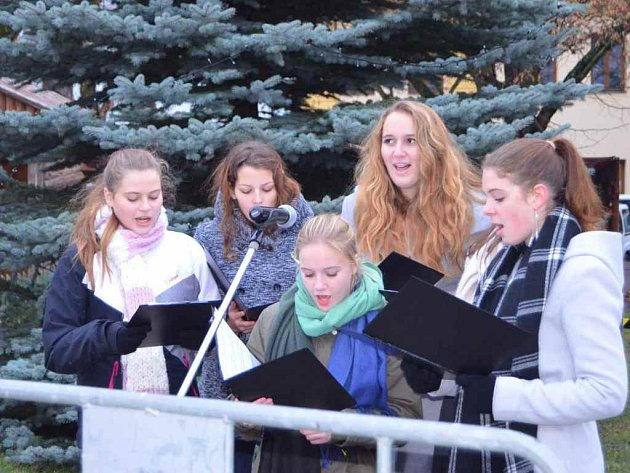 Rozsvícení vánočního stromu v Novém Strašecí