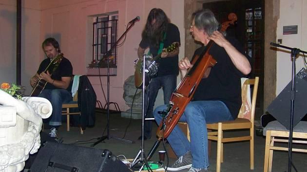 Ivan Hlas Trio koncertovali v rakovnickém muzeu