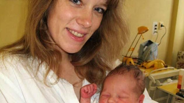 Jonáš Přibyl z Rakovníka se v rakovnické nemocnici narodil 2. ledna 2008. Chlapeček po narození vážil 3,15 kilogramu a měřil 48 centimetrů.