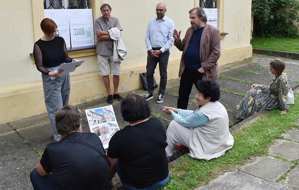 Veřejná prezentace projektu přístavby Rabasovy galerie v Rakovníku.