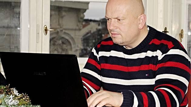 Miroslav Samaš (ANO) odpovídal na dotazy čtenářů