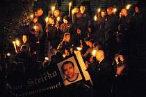 Pietní pochod pravicových extremistů, kteří v Rakovníku uctili památku zavražděného Jana Strička
