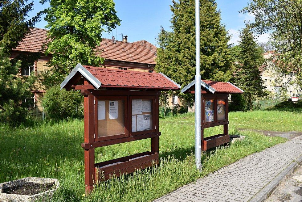 V Kroučové se v příštím roce bude navyšovat kapacita vodojemu. Dále se plánují domovní čistírny, multifunkční hřiště, revitalizace rybníku nebo také výsadba stromů.