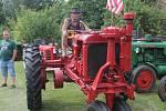 Americký traktor Farmall