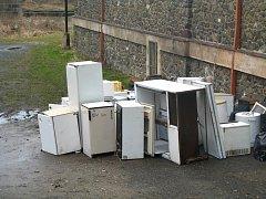Elektroodpad před křivoklátskou školou