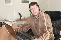 Ředitel školy Jan Jirátko