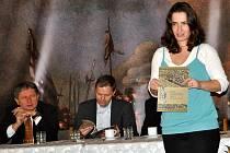 """Křest knihy """"Bitva u Rakovníka 1620"""" v přednáškové síni Dr. Kamily Spalové Muzea T .G.M. Rakovník"""