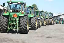 Svod traktorů na Školním statku Bulovna