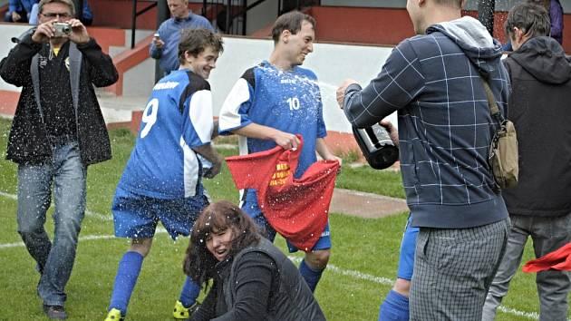 Finále okresního poháru dorostu mezi SK Pavlíkov - Sparta Řevničov. Pavlíkovští vyhráli dvakrát (5:1 a 2:0)