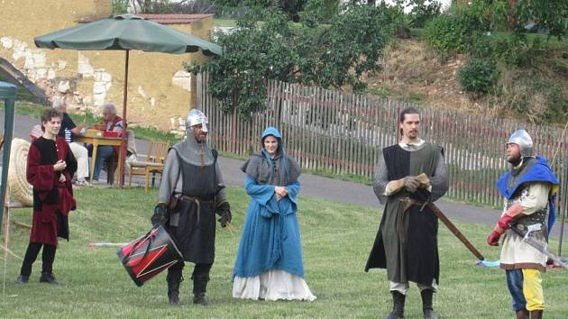 Obyvatelé Smilovic oslavili 820 let od první zmínky o obci.
