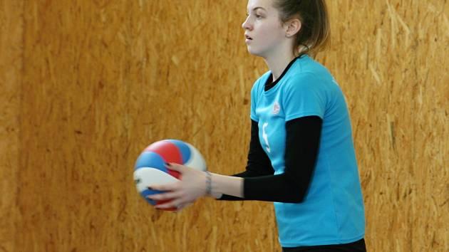 Krajské kolo ve volejbale dívek ovládla Příbram, Rakovničanky skončily páté.