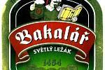 """Po """"znovuzrození"""" rakovnického pivovaru byl zdůrazněn na etiketách nový název pivovaru - Bakalář. Tato etiketa se využívala v letech 2010 - 2015."""