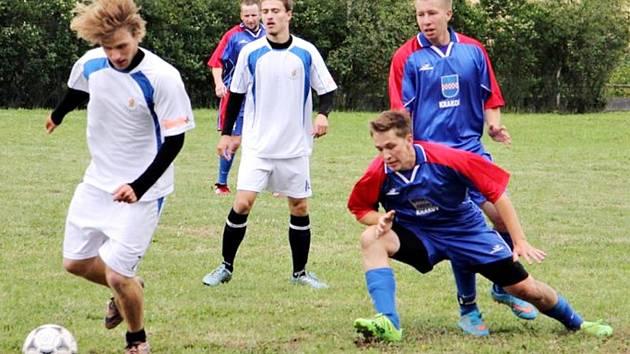 V Krakově se uskutečnil tradiční fotbalový turnaj, ve kterém letos dominovaly Petrovice. Foto: Obec Krakov