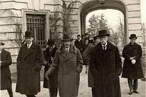 Výstava ukáže život prvního prezidenta na zámku v Lánech.
