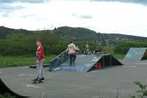 Skateboardové hříště v Újezdě nad Zbečnem