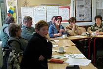 Na Úřadě práce v Rakovníku se v rámci skupinového poradenství sešli uchazeči o zaměstnání ve věku padesát let a výše.