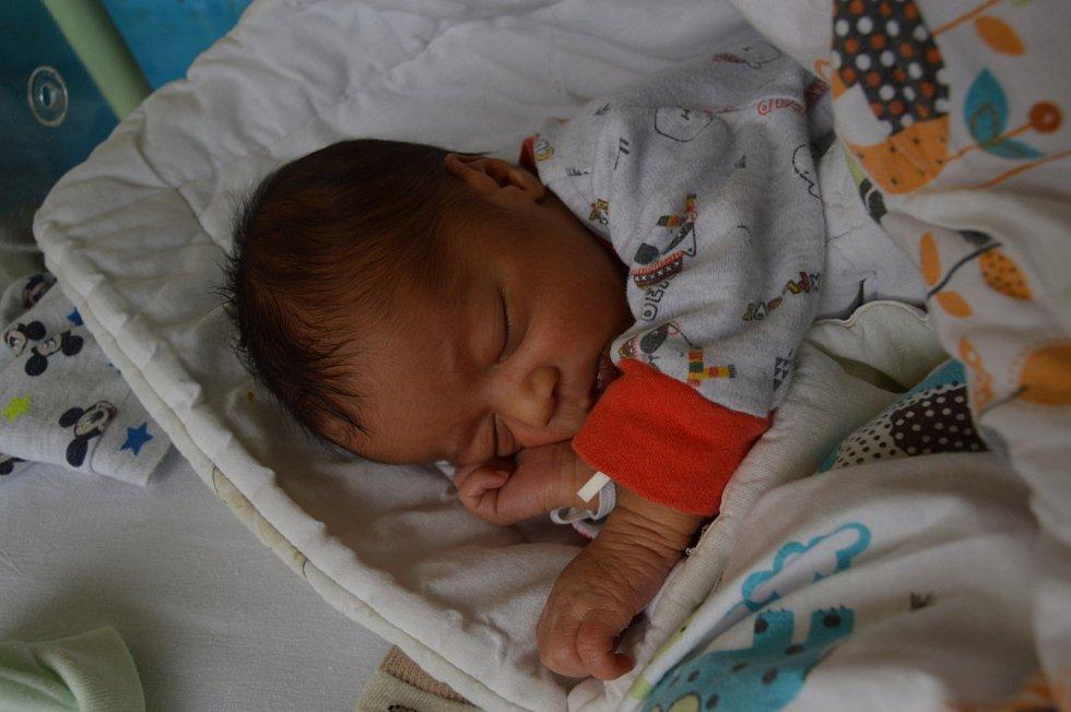 Bruno Owusu Yeboah, Praha. Narodil se 5. září 2019. Po porodu vážil 2,8 kg a měřil 46 cm. Rodiče jsou Pavla a Kwasi. Bratr Ezekiel.