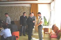 Dekorování věrných policistů