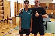 Nejúspěšnějšími účastníky okresního přeboru byli otec a syn Hejdovi, kteří posbírali kromě dvou titulů i bronz ve dvouhře.