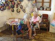 V Domě Osvěty se konala výstava všeho, co více jak stovka dětí v Agátce od ledna do června vytvořila.