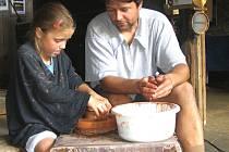 V Rousínově se vyučují i kurzy keramiky.