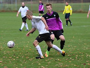 Fotbalisté Lužné prohráli v derby s béčkem Tatranu 1:5.