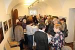 V Rabasově galerii v Rakovníku byla zahájena výstava Afrika ještě žije.