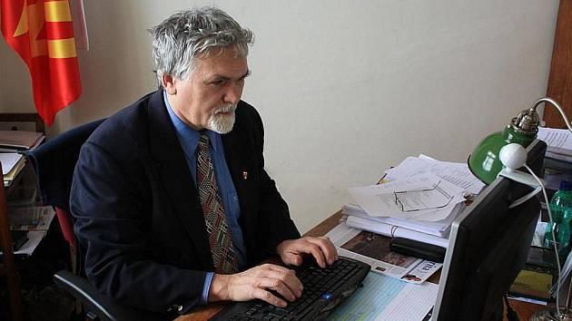 Starosta Nového Strašecí Pavel Vaic odpovídal on-line čtenářům Rakovnického deníku.