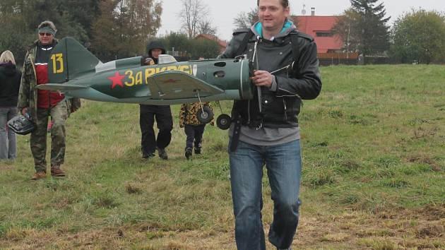 Vzpomínka na leteckou bitvu nad Jesenicí