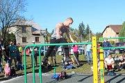 V Lišanech na Rakovnicku otevřeli workoutové hřiště.