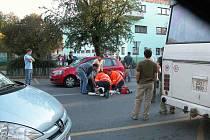 Mladá žena bojuje o svůj život po tragické srážce s osobním automobilem v centru Rakovníka
