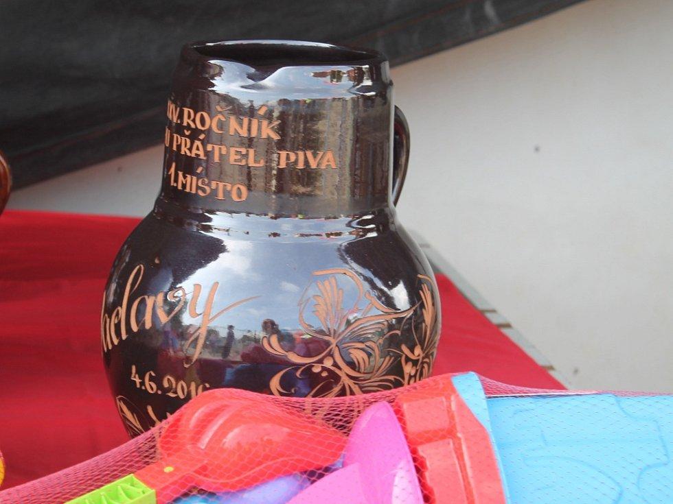 Běh přátel piva ve Václavech