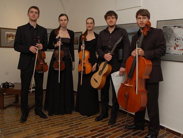 Korngolt Quartet a Matěj Žák