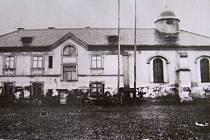 Jižní průčelí židovské synagogy po přestavbě.