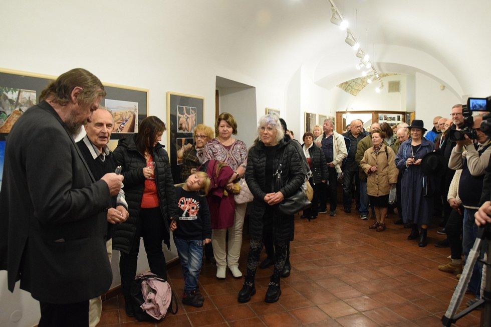 Slavnostní zahájení 54. členské výstavy Fotoklubu Amfora Rakovník.