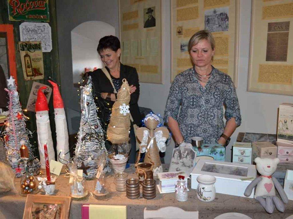 Adventní jarmark v Muzeu TGM Lány