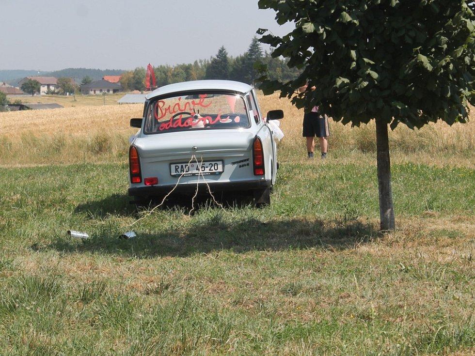 Bianka Joglová a Lukáš Hofrichtr si řekli své ano